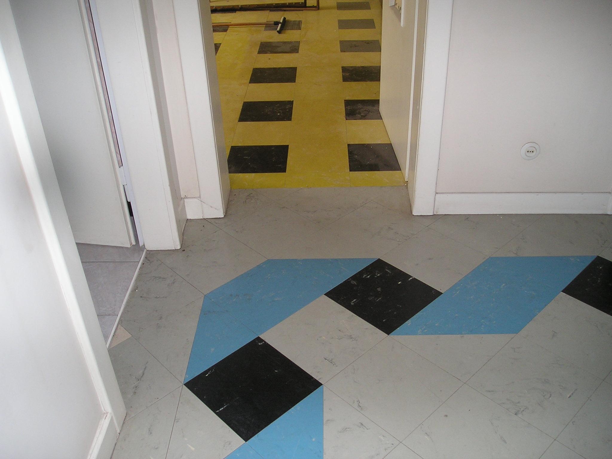 Risque amiante lors du nettoyage de dalles de sol vinyle-amiante