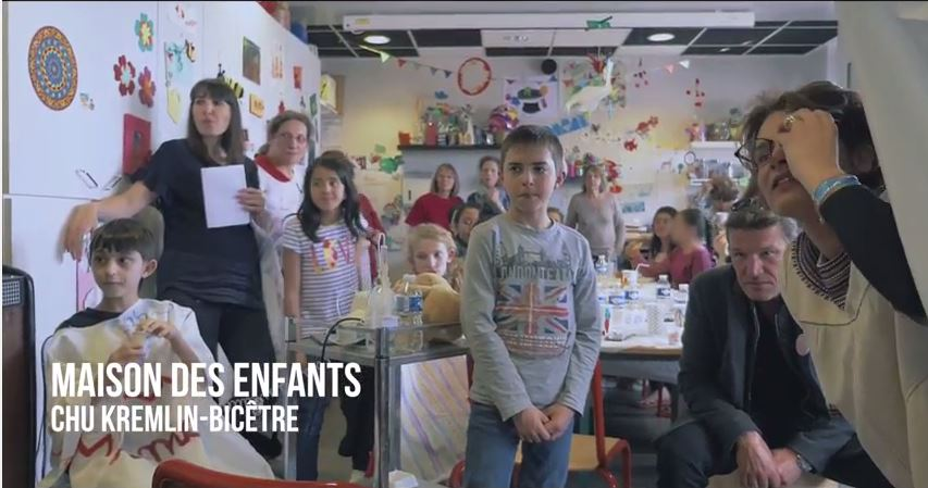 CHU Bicêtre, les enfants suivent l'aventure connectée d'Aurélie et Caroline - Trophée Roses des Andes 2016